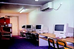 幼稚園用作電腦室